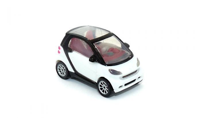 Weißer Smart Fortwo V 0832 (Automodell Maßstab 1:87)