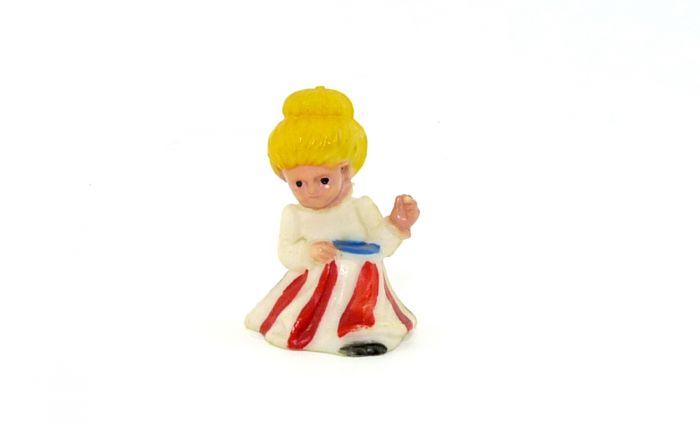 Granny Figur (Alte Figuren)