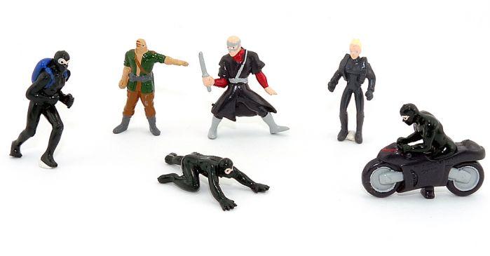 Diabolik 1 aus dem Jahr 2001 alle 6 Figuren. Colleziona i Personaggi Di Diabolik. Track of the Panther [Firma Zaini ]