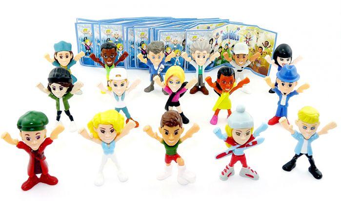 Kompletter Satz TEEN IDOLS Figuren (16 Stück) mit allen Beipackzetteln aus dem Kinder Joy Ei