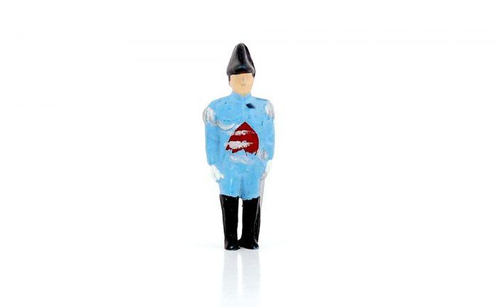 Soldat mit Säbel in hellblau (Soldaten und Uniformen)