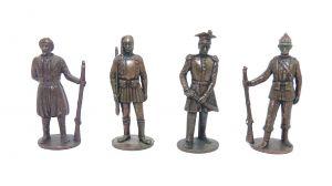 4er Set Soldaten 19 Jahrhundert aus Kupfer. Größe der Figuren 40mm