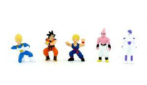 Dragon Ball Figurensatz mit 5 Figuren. Größe der Figuren 35mm bis 45mm.