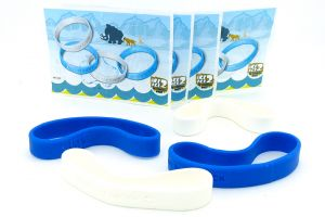 Set von vier ICE AGE 2 Armbändern