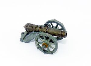Historische Kanone auf Rädern (Metallfiguren)