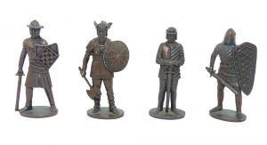 Set Krieger 1. - 12 Jahrhundert aus Kupfer. Alle 4 Figuren der Serie