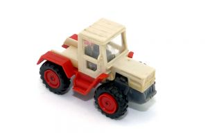 MB Trak mit Steckloch auf der aube (Fahrzeuge nach Wiking Vorbild)
