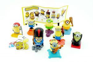 Die MINIONS, alle 8 Figuren der Serie und 1 Beipackzettel