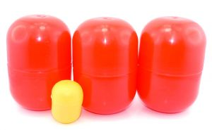 3 rote leere große Maxi Ei Kapseln von Ferrero
