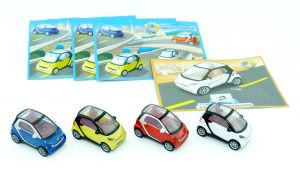 Satz Smart Automodelle von 2007 vier Smarts mit Beipackzettel