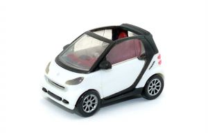 """Weißer Smart Fortwo V0832 """"Automodell Maßstab 1:87""""  (Autos - Züge - Loks)"""