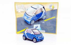 Smart in blau von 2007 mit BPZ (Autos - TT089)