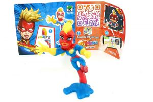 Captain Marvel Figur aus der Serie Marvel Heroes mit Beipackzettel Nummer VV399